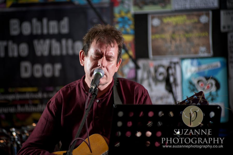 Mark Burgess Unplugged Fulford Arms York 0004