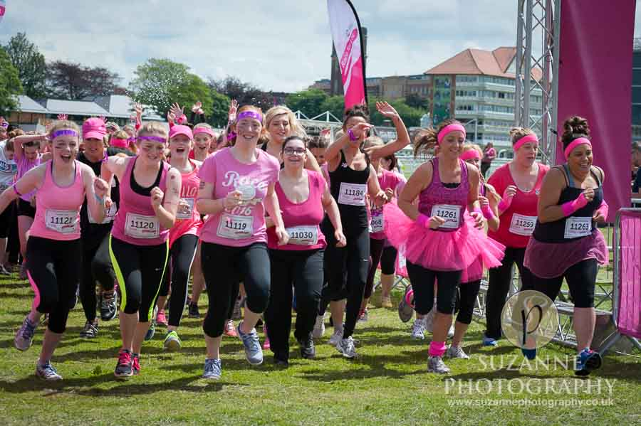Race for Life Cancer Research York Racecourse 122