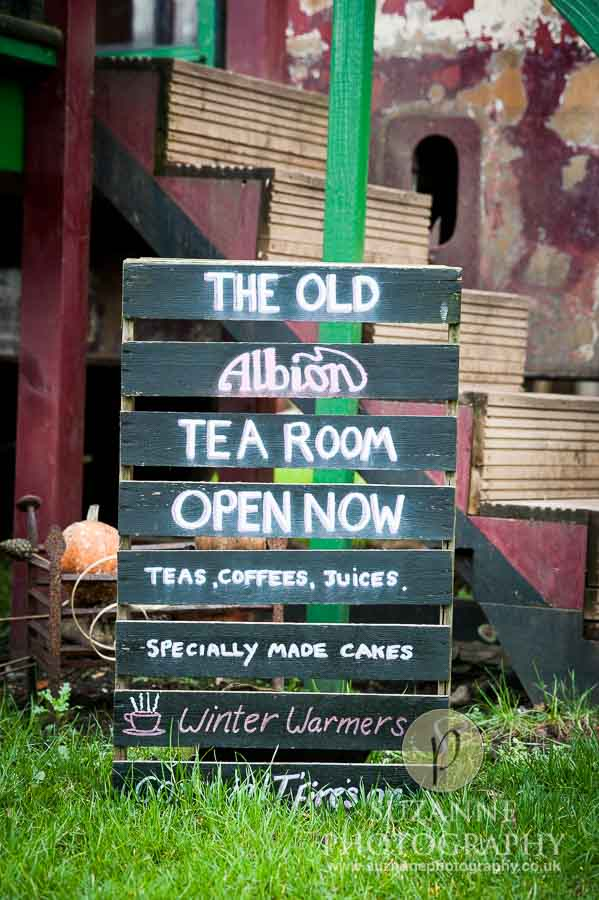 Bar Farm Antiques Collectables Barmby Moor 0021