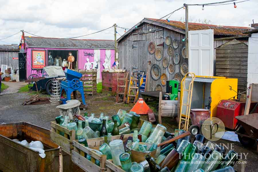Bar Farm Antiques Collectables Barmby Moor 0097