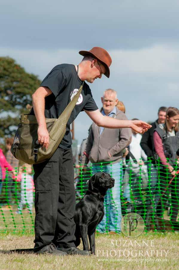 Farmer Copleys Fun Dog Show 0090