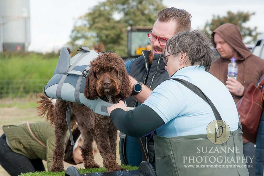 Farmer Copleys Fun Dog Show 0118