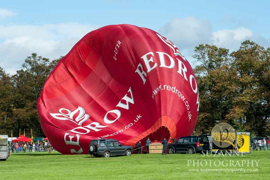 York-Balloon-Fiesta-on-York-Racecourse-0102